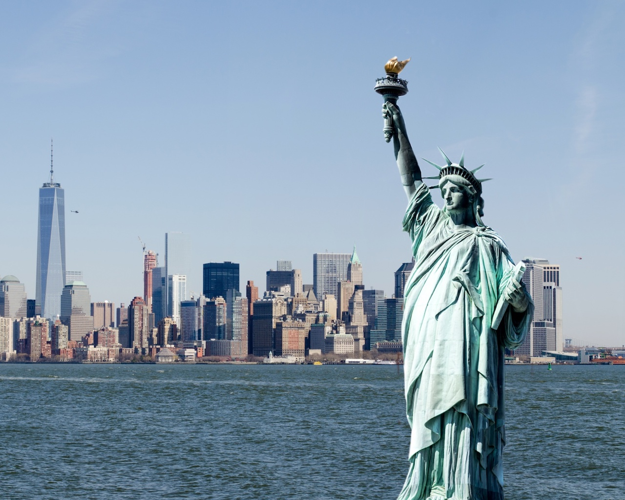 https://www.publicdomainpictures.net/en/view-image.php?image=167249&picture=statue-of-liberty