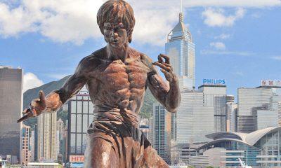 https://de.wikipedia.org/wiki/Datei:Hong_kong_bruce_lee_statue.jpg